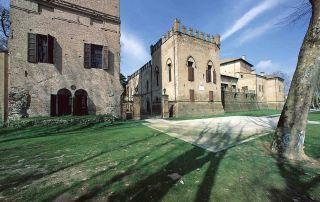 Rocca in San Secondo - Esterno